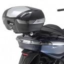 Piastra specifica Givi per valigie Monokey per Piaggio X10 125-350-500